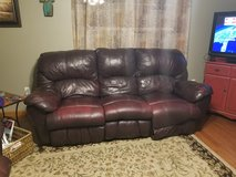 Couch reduced in Warner Robins, Georgia