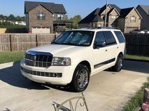 Pearl 2007 Lincoln Navigator Luxury 4WD in Clarksville, Tennessee