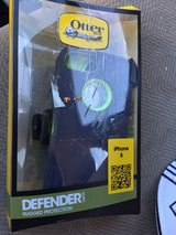 otter box defender case for iPhone 5 or 5s in Aurora, Illinois