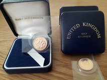 2000 gold sovereigns in Lakenheath, UK