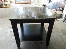End tables very good condition in Hopkinsville, Kentucky