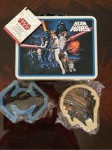 New Star Wars Lunch box w/ sandwich cutters in Aurora, Illinois