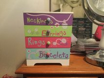 kids and teens jewelry box with drawers in Plainfield, Illinois