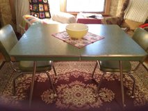 Vintage Formica Table in Elgin, Illinois