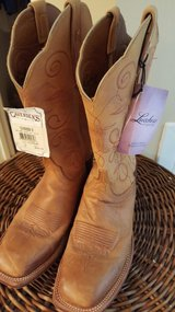 Lucchese Cowgirl Boots (New) in Fort Benning, Georgia