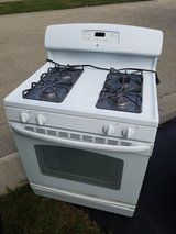 FREE GE GAS STOVE. NEEDS NEW FLAME SENSOR. 7 YEARS OLD. in Plainfield, Illinois