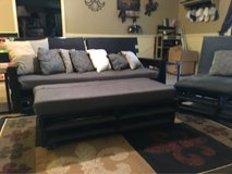 5 pc Living Room Set(reduced) in Leesville, Louisiana