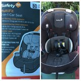 Safety 1st car seat in Camp Pendleton, California