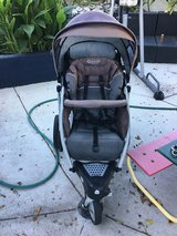 Graco jogging stroller in Camp Pendleton, California