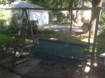 Free standing Swing in Bolingbrook, Illinois