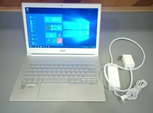 Acer Aspire S7 13.3-Inch Windows 10 Touchscreen Ultrabook Laptop in Plainfield, Illinois