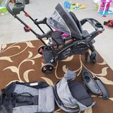 Double stroller/sit and stand stroller in Fort Campbell, Kentucky