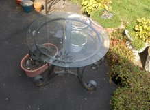 "25"" DIAMETER BEVELED GLASS TOP TABLE in Yorkville, Illinois"