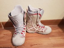 Size 8 Woman's Snowboard Boots in Ramstein, Germany