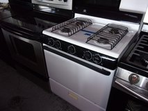 Whirlpool Gas Stove in Fort Riley, Kansas
