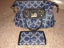 Coach purse and matching wallet in Fort Campbell, Kentucky