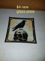 Skull glass plate in Fairfield, California