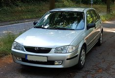 Mazda 323 comfort, manual transmission, only 68 000 MILES in Ramstein, Germany