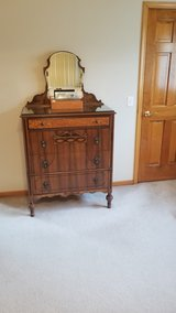 Bedroom Solid Oak/Cherry & Veneer  4 DrwrTall Dresser in Aurora, Illinois