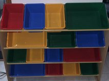 Storage set with buckets in Glendale Heights, Illinois