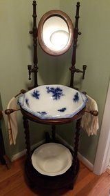Wash stand in Glendale Heights, Illinois