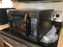 Oster Microwave in Fort Knox, Kentucky