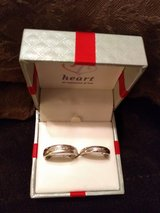 Size 7+9,Diamond Wedding Rings set in Fort Campbell, Kentucky