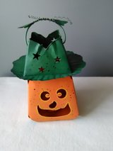Metal Halloween Lantern - Uses Tealight Candle - Very Good Condition in Chicago, Illinois