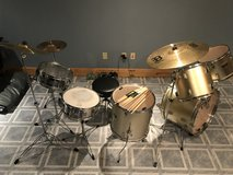 9 Piece Drum Set w/ new Snare, Cymbals, Stool and Extra Sticks in Yorkville, Illinois