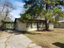 For Rent: 1206 Pinecrest in Leesville, Louisiana