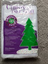 Christmas Tree Skirt Snow in Clarksville, Tennessee