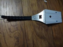 Pampered chef grill tool in Joliet, Illinois