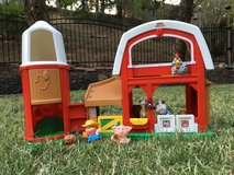 Fisher Price Little People Animal Friends Barn in Travis AFB, California