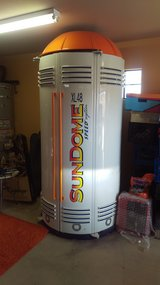 Sundome Xl-48 Stand up TANNING Bed in Yucca Valley, California