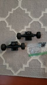 Skateboard Trucks and hardware in Bolingbrook, Illinois