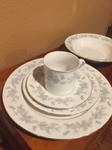 12 place settings fine china with gold trim in DeRidder, Louisiana