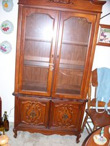 VINTAGE China Cabinet (Hutch) in Travis AFB, California