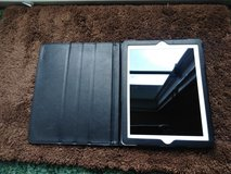 White Apple iPad 2 with case in Fort Campbell, Kentucky