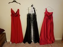 Ball/Formal gowns in Lake Elsinore, California