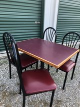 Dining Table with Chairs in Little Rock, Arkansas