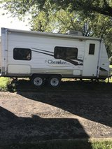 2007 Forest River Cherokee Lite Travel trailer in Aurora, Illinois