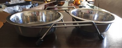 Stainless Bowls/Holders in Bolingbrook, Illinois