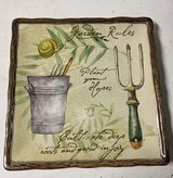 Square Garden Rules plate in Glendale Heights, Illinois