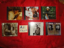 30 country music CD's in excellent condition in Houston, Texas