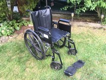 Excel 1000 Wheel Chair in Westmont, Illinois