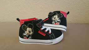 Brand New Light-Up Mickey Mouse Shoes! Toddler Size 9! Need To Sell ASAP! in Fort Bliss, Texas
