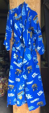 Kentucky Wildcats Ladies Lounge Wrap. in Fort Knox, Kentucky