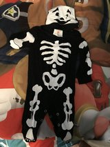 Baby Skelaton Halloween Costume 0-6 months in Yorkville, Illinois