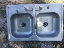 kitchen sink in Hopkinsville, Kentucky