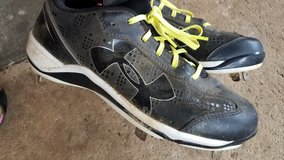 Woman Softball Cleats in Dothan, Alabama